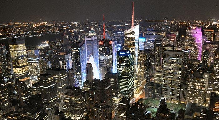empire-state-a-new-york-di-sera